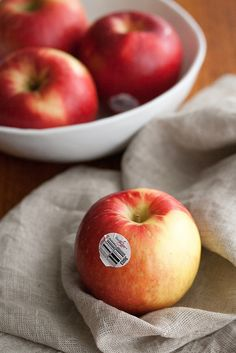 Apple of my Eye: Discovering the SweeTango Apple (and a Giveaway!)