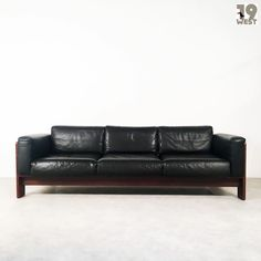New on www.19west.de: a Bastiano sofa designed in 1963 by Afra and Tobia Scarpa for Gavina. #19west #vintage #design #italiandesign #sixties #interiordesign