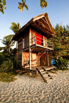 Vakantiehuis aan het strand in een warm land