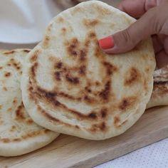 Pain Pita, Korean Street Food, Better Life, Food Videos, Bread, Baking, Breakfast, Healthy, Sweet