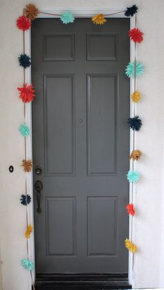 easy fabric dahlia garland tutorial - great for party entrance!