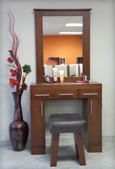 Small Modern Dressing Table For Inspire This Year 20 Bedroom Dressing Table, Dressing Table Design, Small Dressing Table, Diy Pallet Furniture, Home Furniture, Furniture Design, Online Furniture, Home Bedroom, Bedroom Decor