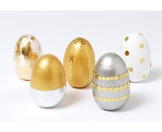 Decoupage Easter Eggs | @Martha Stewart metallic Easter Eggs | #marthastewartcrafts at Joann.com