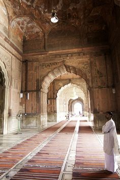 Delhi, India - Wish to stay cozy and prefer luxury accommodation option at affordable price Book your Rooms Now! Adventure Tours, Adventure Travel, Places To Travel, Places To Visit, Travel Destinations, Golden Triangle India, Delhi India, India India, Great Buildings And Structures
