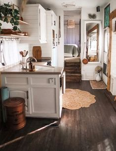 Van Living, Tiny House Living, Living In A Camper, Rv Homes, Tiny Homes, Classic Kitchen, Sweet Home, Van Home, Camper Renovation