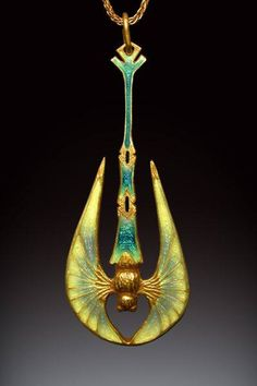 Nouveau Bat pendant by Richsrd McMullen, in Art Nouveau style. 18k gold, basse-taille and champleve enamel  https://www.facebook.com/124982770870436/photos/a.910717345630304.1073741929.124982770870436/1018971464804891/?type=3