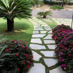 Garden models: 60 green corner ideas to delight you Romantic Home Decor, Romantic Homes, Pergola, Indoor Outdoor, Outdoor Decor, Terrace Garden, Plantar, Green Life, Front Yard Landscaping