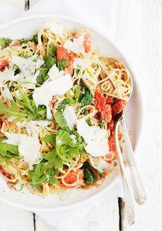 blistered tomato, arugula and mascarpone pasta #savory