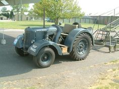 Vintage Farm, Big Time, Heavy Equipment, Hampshire, Airplanes, Offroad, Antique Cars, Aircraft, British