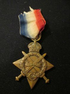 Militaria, WW I (1914-18) WWII British The 1914 - 1915 Star Medal named to Gnr. W.R.Davies R.F.A. No. 917