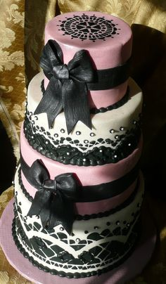 Ooh La La Wedding Cake - Pink and Black with accents of lace and ribbon - can you say, tres magnifique!