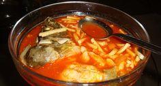 Halászlé   APRÓSÉF.HU - receptek képekkel Vegetable Seasoning, Hungarian Recipes, Fresh Bread, Pork Roast, Fish Recipes, Thai Red Curry, Poultry, Stew, Lamb