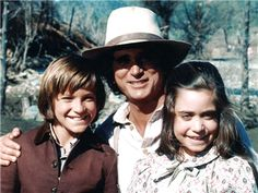 Jason Bateman, Little House on the Prairie Michael Landon, Melissa Gilbert, Laura Ingalls Wilder, Ingalls Family, 1970s Tv Shows, Jason Bateman, Orphan Girl, Star Wars, Drama