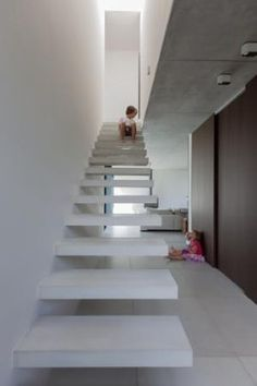 De betonnen trap, een staaltje technisch vernuft. - Areal architecten
