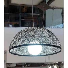 Geometric Pendant Light, Straw Art, Creative Bookshelves, Home Decoracion, Diy Home Crafts, Crochet Home, Lamp Shades, Ceiling Lamp, Light Decorations