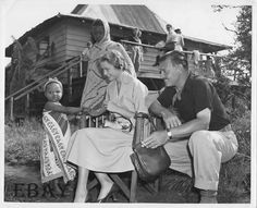 """Grace Kelly and Clark Gable on the set of """"Mogambo"""" in Africa"""