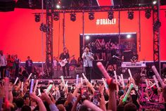 The chateau nightclub in Las Vegas is always moving in regular progression. click here http://www.nightclubbandit.com/.