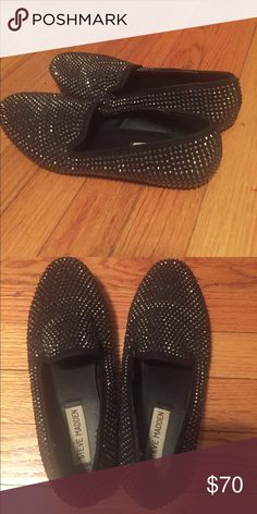Sparkly Steve Madden loafers Great condition, only worn once! But there is no box. Steve Madden Shoes Flats & Loafers