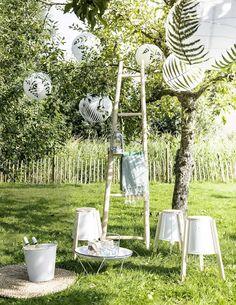 DIY / Décorer des lanternes en papier avec des feuillages /