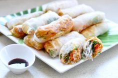 Vietnamese Spring Rolls by keepingupwith theholsbys: Perfect picnic food. Healthy and delicious! #Rolls #Chicken #Vietnamese