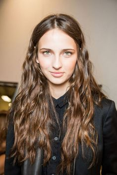 Enter the at-home hair gloss. This mane-saving product revives color, boosts shine, and smoothes hair. Which at-home hair gloss is right for you, though? We've rounded up the best of the best, here.