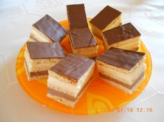 Marika szelet recept Cornbread, Cheesecake, Cookies, Ethnic Recipes, Food, Minden, Caramel, Biscuits, Cheese Cakes