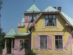 Villa Villekulla, color inspiration Pippi Longstocking, Strong Girls, House Rooms, Play Houses, Color Inspiration, Childhood Memories, Sweet Home, Old Things, Challenges