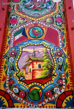 Truck Art is seriously the MOST amazing kind of art you'll ever see in Pakistan. Guys you should really check it out.