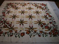 classic that looks different...love it Double Wedding Ring Quilt