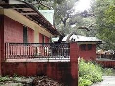 India Hotels Room: MTDC Holiday Resort Mahabaleshwar-Online Booking a. Holiday Resort, Best Hotel Deals, Cheap Hotels, Tours, India, Outdoor Decor, Room, Travel, Bedroom