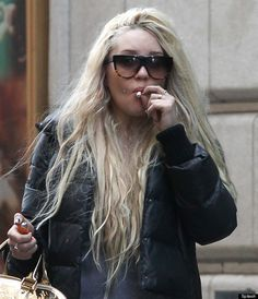 amanda bynes smoking weed... in this case she made a turn for the worse