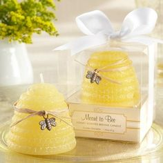 Meant to Bee Honey-Scented Beehive Candle Favor | Wedding Favors