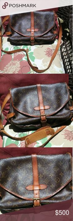 Louis Vuitton Saumur 30 Authentic beautiful crossbody the strap was beoken had it adjusted at a quality leather shop and got it conditioned has a litttle black where u put strap to adjust other than that its so pretty you will love it! Date code AR8811 Trade value 900 Louis Vuitton Bags Crossbody Bags