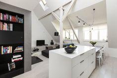 Půdní mezonet Double Vanity, Office Desk, Corner Desk, Furniture, Home Decor, Kitchens, Studio, Corner Table, Desk Office
