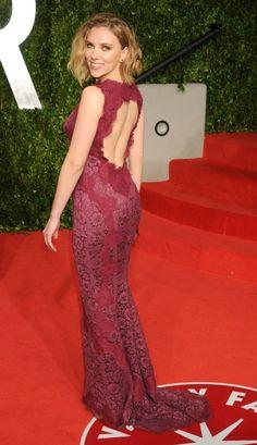 Scarlett Johansson at the Vanity Fair Oscar Party, 2011