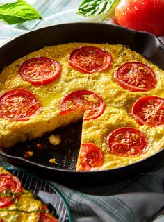 The Mozzarella Potato Frittata is an easy way to cook for large gatherings of family and friends. Fluffy eggs and fresh vegetables are a great combination with the delicious dairy flavor of Shredded Mozzarella Cheese from V&V SUPREMO® Potato Frittata, Frittata Recipes, Quiche, Breakfast Dishes, Breakfast Recipes, Dinner Recipes, Queso Cotija, Cast Iron Skillet Cooking, Sandwiches