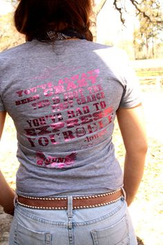 I <3 Thelma and Louise its on my top 10 list, I need this shirt!!!