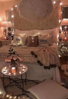 Small and Cute Bedroom Designs and Ideas for This Year Design Bedroom, Bedroom Ideas, Bedroom Decor, Bedroom Designs Images, Pull Out Bed, Hidden Storage, Wall Spaces, Small Apartments, Decorating Tips