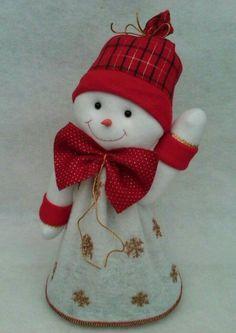 Snowman Crafts, Xmas Crafts, Halloween Crafts, Felt Christmas, Christmas Stockings, Christmas Ornaments, Felt Patterns, Baby Patterns, Diy Christmas Decorations Easy