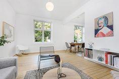 FINN – St. Hanshaugen: Lys og usjenert 2-roms leilighet med god standard og nyere HTH kjøkken - Bakgård tegnet av Snøhetta