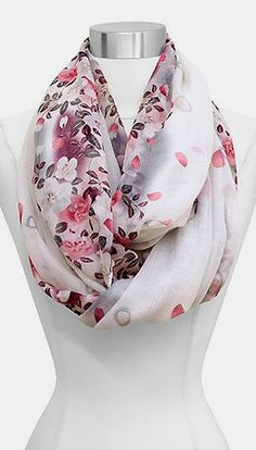 Maggie Infinity Scarf in Orchid- I want this scarf! It's everything I could want- pretty colors, infinity, and ORCHIDS!