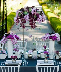 We love this creative orchid centerpiece from Ingela Floral Design from Bay Area, California