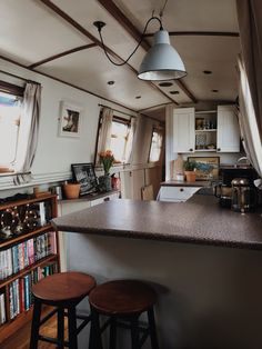 Van Living, Tiny House Living, Canal Boat Interior, Interior Exterior, Interior Design, Narrowboat Interiors, Houseboat Living, Uk Lifestyle, New Homes