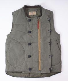 Buzz Ricksons : Usn Hbt Down Vest Military Fashion, Mens Fashion, Waistcoat Men, Herringbone Vest, Aviator Jackets, Down Vest, Jacket Pattern, Men Style Tips, Diy Home