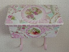Mosaic Chick Design~ mosaic vintage mailbox-SOLD https://www.facebook.com/pages/Mosaic-Chick-Design/216734331705852?ref=hl