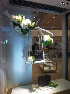 100+ Creative Spring Window Display Ideas & Designs | Zen