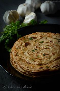 Have you ever tried Garlic paratha? sounds interesting, isn't it? I felt the same wow :-P factor when i saw this for the first time on Mrs Malathy Muthukrishnan insta . Veg Recipes, Curry Recipes, Vegetarian Recipes, Cooking Recipes, Bread Recipes, Kitchen Recipes, Cooking Tips, Recipies, North Indian Recipes