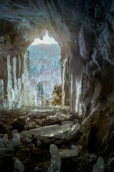 Хакасия. Красота пещеры Шоры зимой! #Красоты_России #КрасотыРоссии #Россия