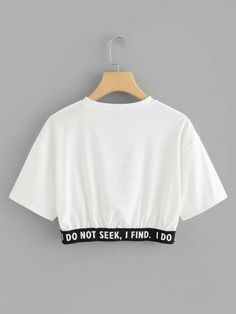 Camiseta corta con estampado de slogan-Spanish SheIn(Sheinside) Short t-shirt with slogan print-Spanish SheIn (Sheinside) Cute Lazy Outfits, Crop Top Outfits, Pretty Outfits, Stylish Outfits, Girls Fashion Clothes, Teen Fashion Outfits, Mode Outfits, Outfits For Teens, Belly Shirts