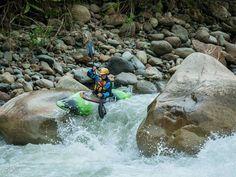 Whitewater kayaking in Ecuador   PC: https://www.instagram.com/p/BB2iM3KHgUA